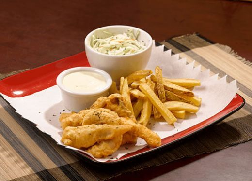 Fish and Chips (pescado rebosado con papas fritas)